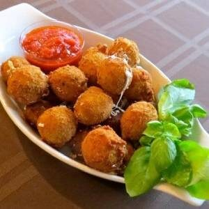 Fried Bocconcini Balls (5)
